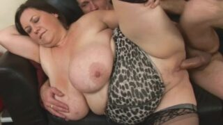 Big-breasted fat girl eats her boss's dick